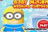 Миньон стирает одежду, будущим хозяйкам на заметку