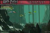 Гарри Поттер под водой собирает водоросли