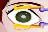 Операции людям на глазах