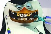 Операции 3D - Шкипер из Мадагаскара лечит зубы