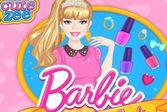 Барби отправляется в салон маникюра