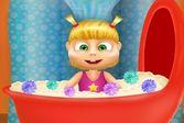 Ванна с пеной для Маши