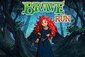 Храбрая сердцем бег по лесу